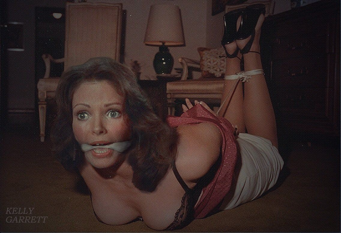 Jacqueline nackt Smith Jaclyn Smith