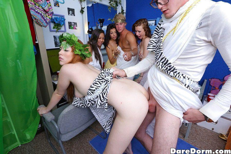 porno toga party